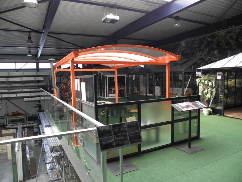 Carport in de showroom van Westerzon