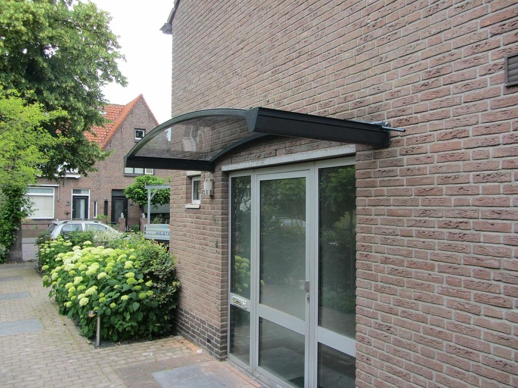 Stijlvolle deurluifel van aluminium westerzon overkappingen - Glazen ingang ...